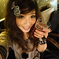 一大杯草莓啤酒