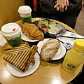 機場~星巴巴早早餐