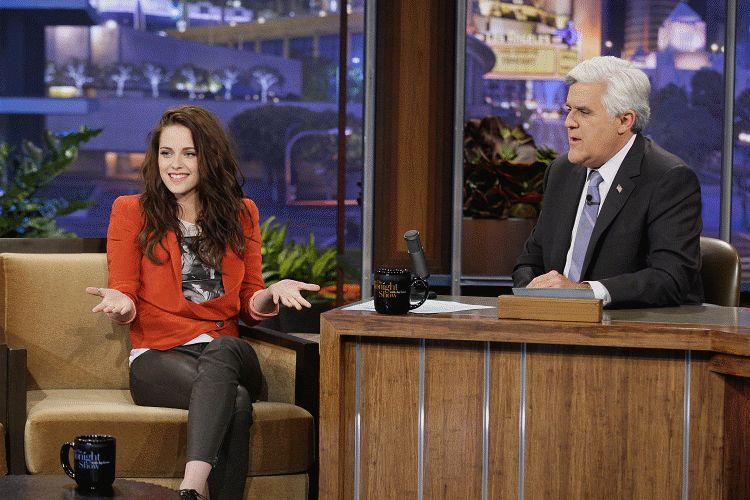 Kristen on Tonight Show-20120504 (10)
