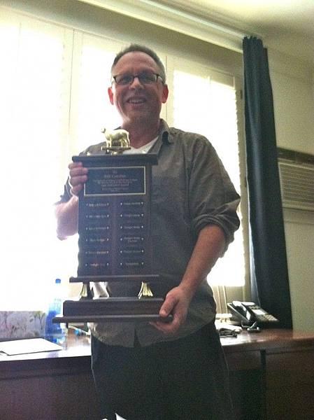 bill-trophy-close-up--1010625 (1)