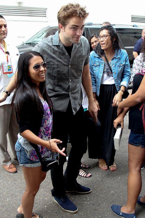 Rob抵達Comic Con - 20120712 (11)