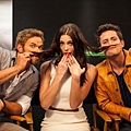 庫倫家 playful & goofy at Comic Con (9)
