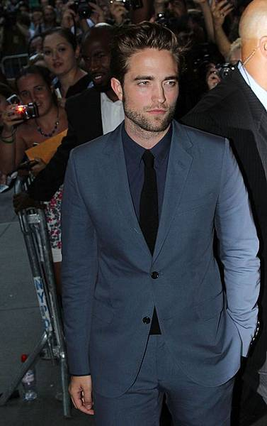 Robert Pattinson《Cosmopolis》紐約首映會-20120813 (16)