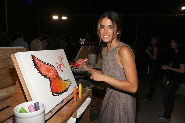 Nikki Reed出席2012 Do Something Awards-20120819 (2)