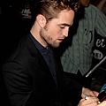 【Jimmy Kimmel Live】Robsten Pattinson 離開-20120822 (2)