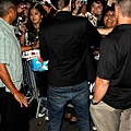 【Jimmy Kimmel Live】Robsten Pattinson 離開-20120822 (5)
