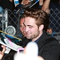 【Jimmy Kimmel Live】Robsten Pattinson 離開-20120822 (7)