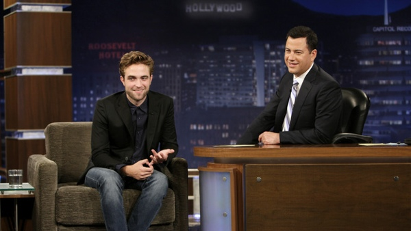 【Jimmy Kimmel Live】Robert Pattinson &Jimmy -20120822 (2)