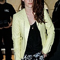 Kristen出席「巴黎世家」巴黎時尚週 -2012-9-27 (4)