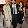 Rob出席 19th Annual ELLE Women in Hollywood Celebration-20121015 (2)