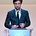 Rob出席 19th Annual ELLE Women in Hollywood Celebration-20121015 (9)