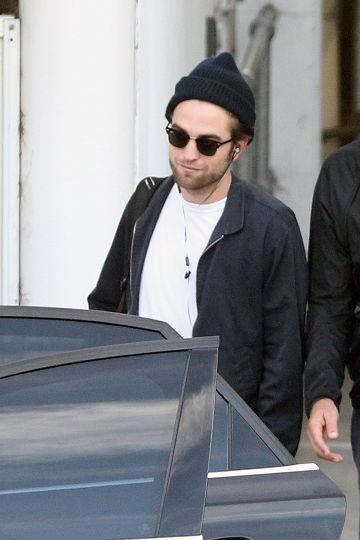Rob抵達雪梨準備BD2宣傳-20121021(5)