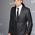 Rob 出席 藝術電影節《2012 Art + Film Gala》-20121027 (14)