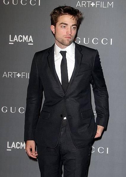 Rob 出席 藝術電影節《2012 Art + Film Gala》-20121027 (16)