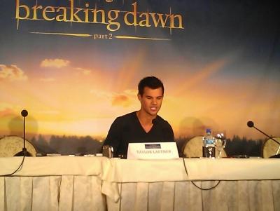 【洛杉磯】BD2電影宣傳-記者會-20121101 (16)