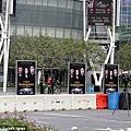 《破曉2》LA電影首映會場外-粉營露營-2012-11-11 (2)