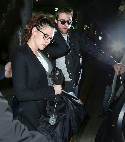 Robsten 共渡倫敦感恩節假期返回紐約-20121125 (3)
