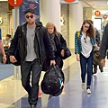 Robsten 感恩假期結束返回LA-20121226 (2)