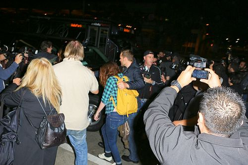 Robsten 感恩假期結束返回LA-20121226 (17)