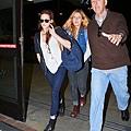 Kris at  LAX機場飛往倫敦跨年與 Rob 會合渡假-20121227 (6)