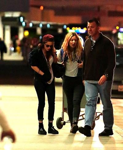 Kris at  LAX機場飛往倫敦跨年與 Rob 會合渡假-20121227 (11)