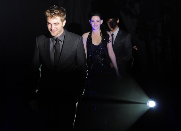 237342-robert-pattinson-and-kristen-stewart