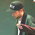 Robert Pattinson 觀看 Bjork 音樂會-20130608 (10)