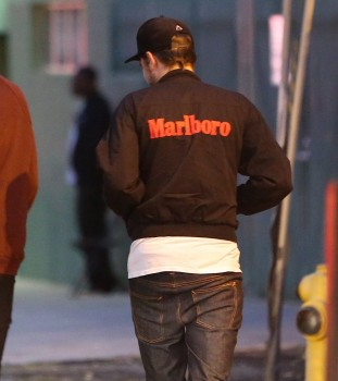 Robert Pattinson 觀看 Bjork 音樂會-20130608 (12)