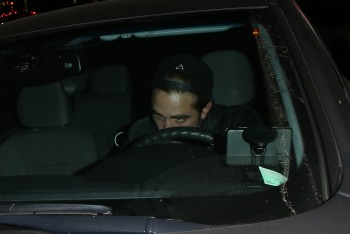 Outside the Chateau Marmont - 20130618 (8)