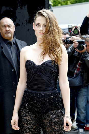 Kristen Stewart出席Zuhair Murad 巴黎秋冬展i-20130704 (19).jpg