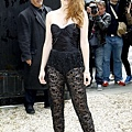 Kristen 出席巴黎時裝週「Zuhair Murad Fashion Show」 -20130704 (10).jpg