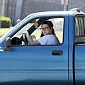 Kristen 外出前往工作室為電影 Camp X-Ray做準備-20130708 (13).jpg
