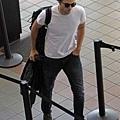 Rob 在LAX機場,前往多倫多準備《星圖》拍攝 -20130717 (5).jpg