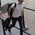 Rob 在LAX機場,前往多倫多準備《星圖》拍攝 -20130717 (7).jpg