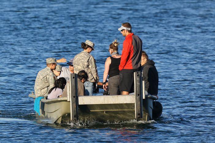 Kristen 在《Camp X- Ray》拍片現場- 20130717 (9).jpg