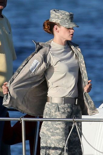 Kristen 在《Camp X- Ray》拍片現場- 20130717 (10).jpg