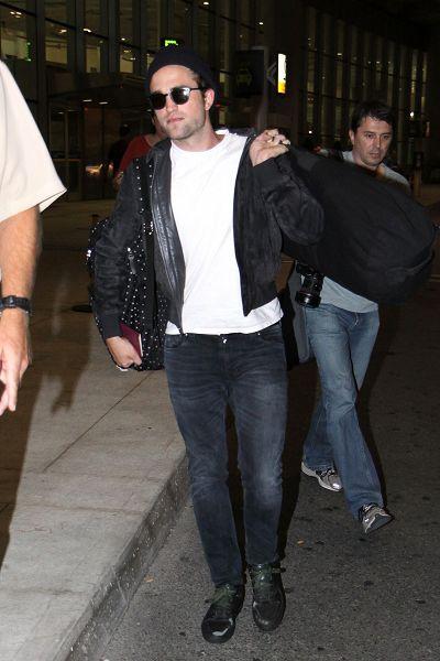 Rob 抵達多倫多準備《星圖》拍攝 -20130718 (15).jpg