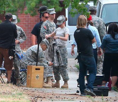 Kristen 新片《Camp X-Ray》開拍 DAY 5-20130721 (6).jpg
