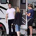 Robert Pattinson filming on the set-20130722 (12).jpg