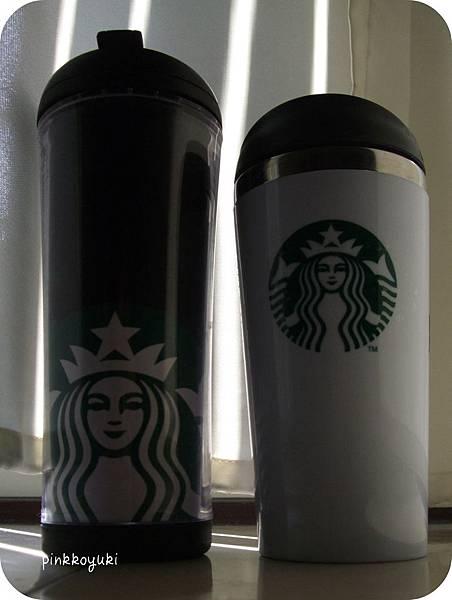 New女神logo 的兩個杯子.jpg