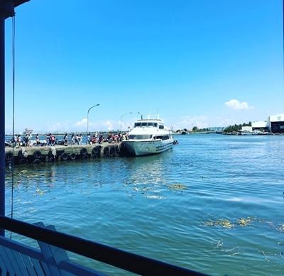 東琉線碼頭