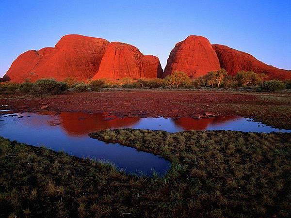澳洲紅土中心的峽谷