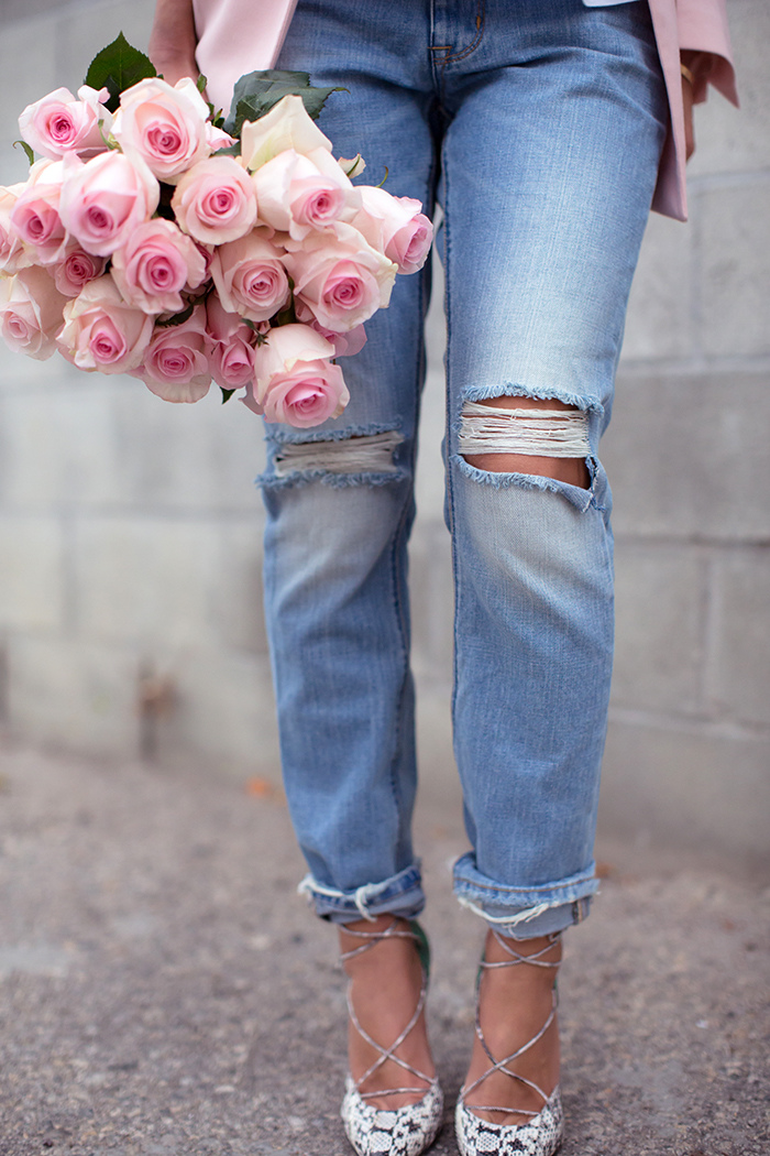 aimee_song_ripped_boyfriend_jeans
