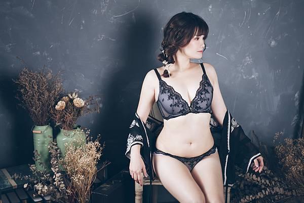 蕾黛絲 內在美 真水胸罩 內衣 副乳