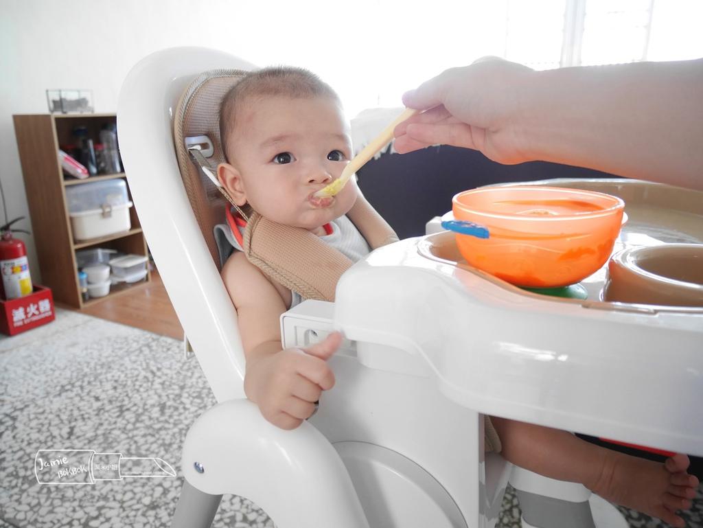 myheart折疊式兒童安全餐椅