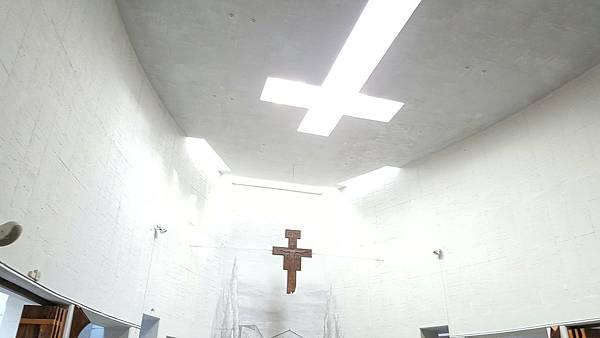 天主教方穧教堂_33.jpg