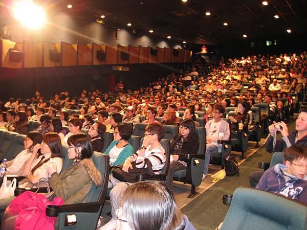 幸運的觀眾們,在此次金馬奇幻影展中搶購開幕首映票,較院線觀眾早一步欣賞