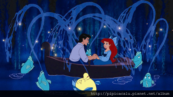 Ariel_Eric_boat_L.jpg