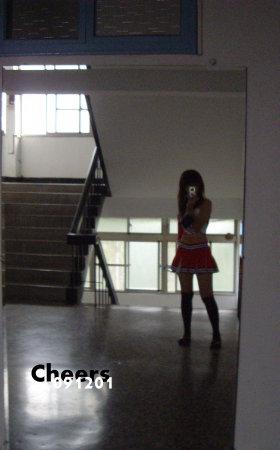 交誼廳旁的鏡子