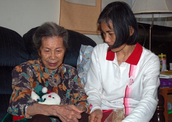喵外婆和喵媽